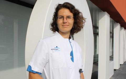 Mevr. Dr. Esther (E) Nijhuis